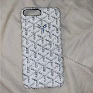 White Goyard IPhone 6s Plus case